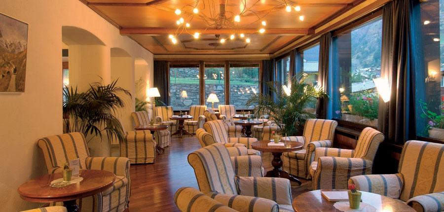 Parkhotel Beau Site, Zermatt, Switzerland - lounge.jpg